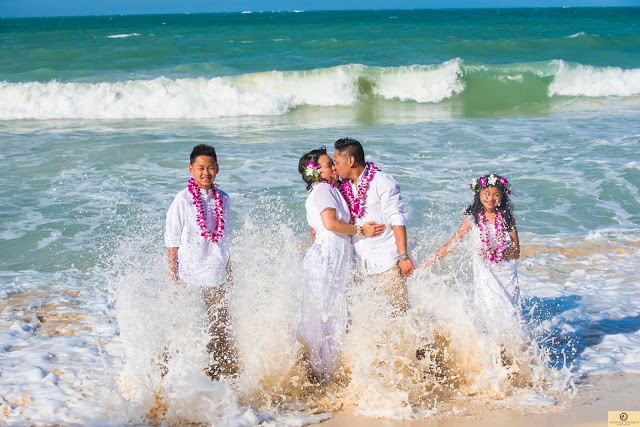 Fun, family photographers serving all of Oahu, Hawaii