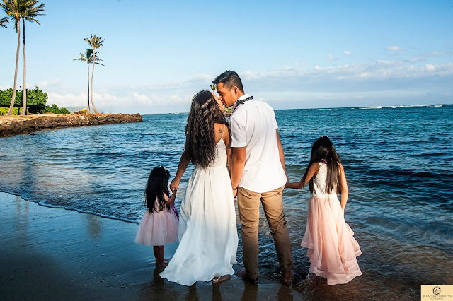 Wedding Photographers Honolulu, Hawaii, Oahu, photography, intimate,wedding packages (70)