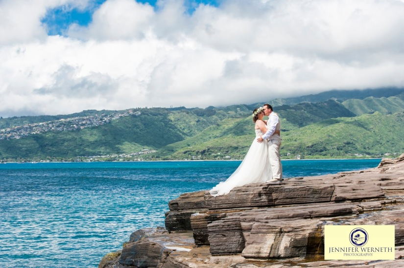 Wedding Photography in Oahu, Hawaii, China Walls, vow renewal (12)
