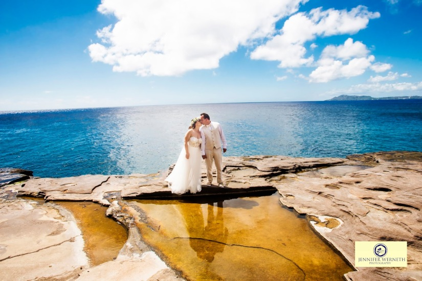 Wedding Photography in Oahu, Hawaii, China Walls, vow renewal (9)
